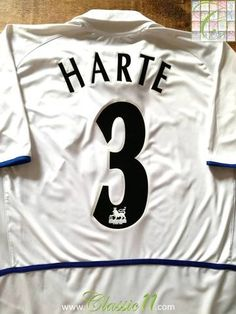 Official Nike Leeds United home football shirt from the 2002/03 season. Complete with Harte #3 on the back of the shirt in official Lextra Premier League lettering.