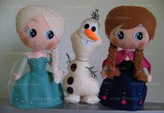 Kit Frozen, com Elsa, Anna e Olaf, confeccionados em feltro. R$ 150,00