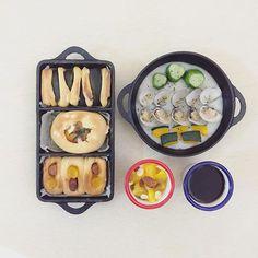. good morning moooooonday :-/))) . #goodmorning #morning #breakfast #yummy #goodfood #instafood #onthetable  #homemade #foodie #foodstagram #foodphoto #yum #top_food_of_instagram #S_S_iloveBreakfast #朝食 #早餐 #朝ごパン #baking #bread #パン #honeypumpkin_cheesetomato_pineapplesausage_bread #cucumber_pumpkin_clam_potatosoup #orange_nuts_yogurt