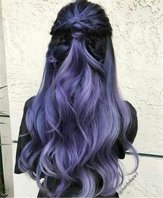 Lavender Hair With Gentle Highlights; Adorable S… Lavender Hair With Gentle Highlights; Adorable Silver Lavender Hair Trend in 2019 Hair Color Purple, Hair Dye Colors, Cool Hair Color, Pastel Purple, Black To Purple Ombre, Purple Bob, Dark Hair With Color, Rainbow Hair Colors, Unique Hair Color