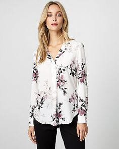 Floral Print Crêpe de Chine V-Neck Blouse - This blouse is perfectly draped and finished with a pretty floral print to elevate your workday look.