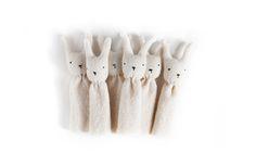 marionette à doigt lapin - rabbit finger puppet