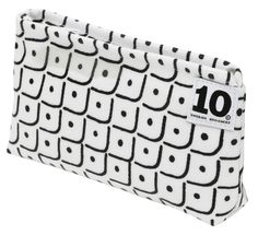 Make up Bag in pattern Smile white by Tom Hedqvist. The Fun Collection 2014. www.tiogruppen.com.