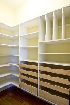 Master bedroom closet design, The meaning of a master bedroom's closet varies from one person to another. A luxurious master bedroom would have a huge closet design like a small room on itself, whi Pantry Closet Organization, Closet Organizer With Drawers, Pantry Room, Pantry Storage, Closet Storage, Organization Ideas, Organizing Tips, Closet Drawers, Bedroom Organization