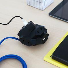 Steckerleiste mit USB-Ports von Ämilios Grohmann und André Kieker   MONOQI   €53,00