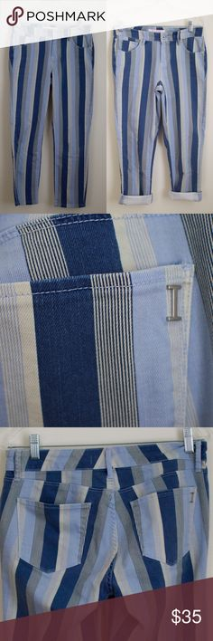 Isaac Mizrahi Ali Pinstripe Blue Striped Jeans * 98 % Cotton, 2 % Spandex * Slim Straight Fit * 35 inches length * About 25.5 inches inseam * About 15.5 inches waist Isaac Mizrahi Jeans Ankle & Cropped