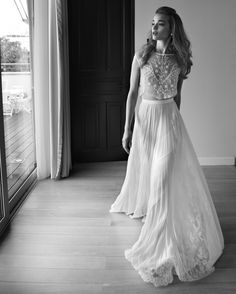 Chic separates feel appropos for the Twin Cities, and cosmopolitan enough for the Mini-Apple.Lihi Hod Maple Tree Top and Skirt, $3,400 (top) and $4,170 (skirt), Gabriella New York Bridal Salon, 212-206-1915.