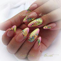 Diff colors but flowers etc r cute