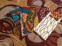 CéWax, Créations textiles et bijoux ethniques. Etui téléphone, lunettes en tissu africain pagne wax kente ankara. Pièces uniques et fabriquées à la main en France. http://cewax.alittlemarket.com/ –