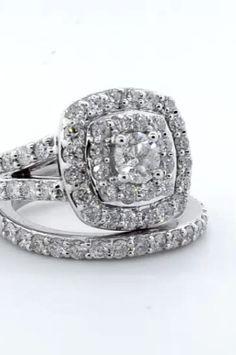 Neil Lane Diamond Rings, Diamond Wedding Rings, Bridal Rings, Halo Diamond, Luxury Engagement Rings, Engagement Wedding Ring Sets, Engagement Ring Styles, Engagement Ring Settings, Blue Sapphire Rings