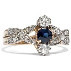 Tag und Nacht - Zauberhafter Saphir- & Diamant-Ring der Belle Époque, um 1910 von Hofer Antikschmuck aus Berlin // #hoferantikschmuck #antik #schmuck #Ringe #antique #jewellery #jewelry // www.hofer-antikschmuck.de (18-0731)