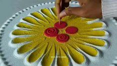 Rangoli Designs Simple Diwali, Simple Rangoli Border Designs, Rangoli Simple, Rangoli Designs Flower, Free Hand Rangoli Design, Small Rangoli Design, Rangoli Ideas, Colorful Rangoli Designs, Flower Rangoli