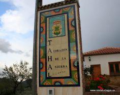 """#Almería - #Tahal - Oficina de Turismo 37º 13' 41"""" -2º 17' 6"""" / 37.228056, -2.285000  Tahal ha sido la capital histórica de la comarca y es un pueblo con rasgos majestuosos en su iglesia, en el castillo y en impresionante balconada del Pretil, desde donde se divisa una preciosa vista sobre la ladera. Ha tenido siempre importancia Tahal, desde la Prehistoria, como demuestran diversos centros arqueológicos de la zona, en especial el yacimiento del Cerro del Mojón, de la Edad del Bronce."""
