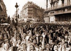Août 1945 à Paris