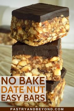 Healthy No-Bake Mini Date Nut Bars-When you crave sweet, you can make these healthy snacks with date and nuts. These homemade chocolate covered date nut bars are delicious and easy to make! Easy Sweets, Quick Easy Desserts, Healthy Baking, Healthy Snacks, Healthy Recipes, Cooking With Dates, Date Nut Bars, Easy Bar, No Bake Bars
