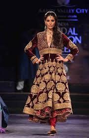 celebrity-wear-manish-malhotra-dress.