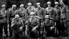"""El padre de Jürgen Mossack, el socio senior del bufete especialista en offshoring fue un nazi de las Waffen SS adscrito a las temibles Totenkopf y en la Alemania de 1960 fichó por la CIA para """"espiar comunistas cubanos en Centro América"""", llevándose a la familia consigo"""