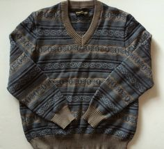- Fine Wool - Smokey Shades of Blue & Grey - Beautiful Sweater Retro Outfits, Cool Outfits, Fashion Outfits, Ski Sweater, Sweater Making, Knitting Designs, Types Of Fashion Styles, Shades Of Blue, My Wardrobe
