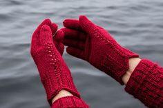 AnniKainen puikoissa: sormikkaat
