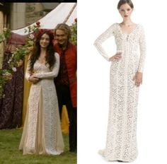 Reign episode 2: Mary's (Adelaide Kane) J. Mendel Long Sleeve Lace Evening Gown #reign #getthelook #jmendel