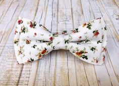 Men's light floral bow tie  floral bow tie  boho by KristineBridal #mens #floral #bow #tie #groom #wedding #party