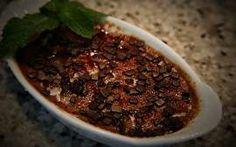 Os chefs do grupo Quadrucci ensinam a receita da sobremesa diferente.
