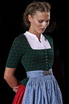 Frühling/Sommer 2015 Corsage, Dirndl Dress, Dress Skirt, Folk Fashion, Womens Fashion, Folk Clothing, German Fashion, Fairy Dress, Folk Costume
