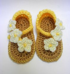 Carefree Baby Summer Sandals/Baby Girls Crochet by Handmadebyvaly ♡