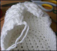Mamma That Makes: Cherub Comfort Cradle Owl Crochet Pattern Free, Crochet Snowflake Pattern, Knitted Doll Patterns, Knitted Dolls, Crochet Patterns Amigurumi, Crochet Dolls, Baby Patterns, Free Pattern, Free Crochet