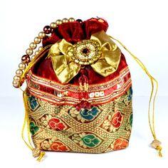 Traditional #BatuaBag with Beaded Handle,
