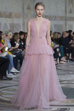 Giambattista Valli Fall 2017 Couture Fashion Show Collection