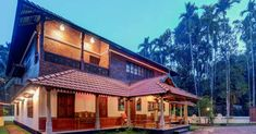 3 Bedroom Traditional Modal Nalukettu with Free Plan - Free Kerala Home Plans Porch House Plans, Courtyard House Plans, Craftsman House Plans, New House Plans, Kerala Traditional House, Traditional House Plans, Kerala Architecture, Modern Architecture, Kerala Houses