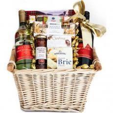 Gift Baskets Food Hampers Delivery Online Australia Australia Baskets Delive In 2020 Hamper Delivery Food Gift Baskets Gift Baskets