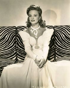 Janet Blair (photo by George Hurrell, 1942)