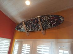 Surfboard Wall Racks and Surfboard Car Racks. The Best Selection of Surfboard Racks (Over 30 Different Types and Styles). We have surf wall racks for storage and display and surfboard Car Racks to get your shortboard or longboard safely to the water. Surfboard Bike Rack, Surfboard Storage, Surf Board, Wall Racks, Basement Renovations, Surfs Up, Garage Ideas, Ideas Para, Skate