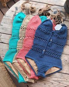 Giana Swimsuit, one of my Favorite!! Crochet pattern in my Etsy shop (link in bio) and capitanauncino.com. Now these Beauties are in @protest_surfshop_corralejo ✨ Giana bañador, en colores Bonitos. Este diseño es uno de mis Favoritos✨✨✨ Lo siento, Solo tengo esto patron en ingles... Ahora estas bellezas estan disponibles en el @protest_surfshop_corralejo ✨ . . . . . #gypsysoul #hippiestyle #hippie #bohemian #handmade #crochetswimsuit #crochetswimwear #crochetpattern #crochet...