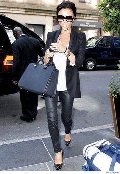 My kind of Casual Friday work attire; structured bag, blazer, tee, skinny pants