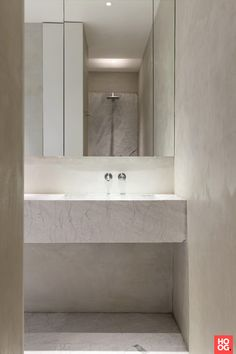TRIBECA LOFT by Dieter Vander Velpen architects - stone by Il Granito natuursteen - walls by Mortex Contemporary Bathrooms, Modern Bathroom, Small Bathroom, Bathroom Design Inspiration, Bathroom Interior Design, Marble Interior, Interior Inspiration, Ferreira Do Zêzere, New York Loft
