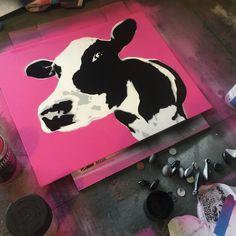 Moo #stencil #stencilart #streetart #spraypaint Stencil Art, Stencils, David Witts, Spray Painting, Graffiti Art, Pop Art, Street Art, Hobbies, My Arts