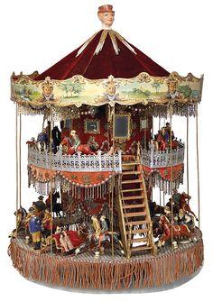 Vintage two-story miniature carousel toy. Décor Antique, Antique Toys, Vintage Toys, Carousel Musical, Victorian Toys, Merry Go Round, Carousel Horses, Tin Toys, Toy Boxes