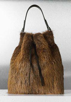 CÉLINE fashion and luxury leather goods 2012 Fall - Seau - 25 Fur Purse, Fur Bag, Lv Bags, Purses And Bags, Leather Fashion, Leather Bag, Fabulous Furs, Diy Handbag, Unique Purses
