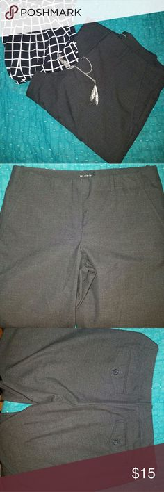 The Limited Gray Cassidy Pants The Limited gray Cassidy fit pants. 2 front pockets. 2 back pockets. Cuffed hem. Polyester viscose spandex. Size 6. Waist 32 inches. Inseam 32 inches. EUC. The Limited Pants Trousers