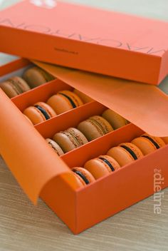 BeyazFırın, a 180 year-old patisserie founded in İstanbul, has recently renewed the identity and the packaging design of its sub-brand Beyaz Fırın MACARONS.