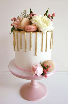 drip cake original i Pretty Cakes, Cute Cakes, Beautiful Cakes, Amazing Cakes, Drip Cakes, Fondant Cakes, Cupcake Cakes, Cakes Originales, Unusual Wedding Cakes