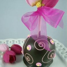 easter Decorated Caramel Apples | Pretty In Pink Gourmet Chocolate Caramel Apple