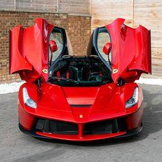 Sports Car Brands, Sport Cars, Fancy Cars, Cool Cars, Mercedes Clk, Top Luxury Cars, Lux Cars, Ferrari Laferrari, Engin