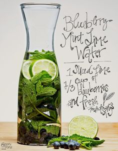 infused water recipes Water has never been so party-worthy. Keep guests hydrated and sipping pretty at summer events with invigorating infused water. It tastes refreshingly delici Lime Infused Water, Infused Water Recipes, Infused Waters, Jus Detox, Body Detox, Cleanse Detox, Juice Cleanse, Detox Spa, Smoothie Cleanse