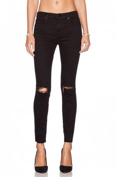 620 Mid-Rise Super Skinny in Seriously Black | Skinny jeans, Super ...