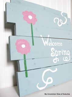 You can't beat free! A diy wood pallet sign for spring