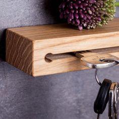 Schlüsselbrett von Woods: **✔ Schlüsselbrett aus Holz - handgefertigt in Bayern** **✔ fester Halt für deine Schlüssel** **✔ kinderleichte Montage - incl. Bohrvorlage** Mit diesem...